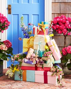 Now THAT's a gorgeous pile of Mother's Day gifts!
