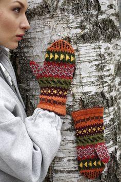 Iloiset kirjoneulelapaset jämälangoista Novita 7 Veljestä | Novita knits