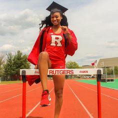 """Align your purpose with your dreams"" Pictures of Black Girls Graduating. Add Your Own Graduation Picture! Graduating, Wearing Graduation Stoles, Kente Stoles etc. Girls Run The World, Girls Life, Grad Pics, Graduation Pictures, Pictures Of Black Girls, Track Senior Pictures, Senior Pics, Workout Pictures, Fitness Pictures"