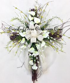 Grapevine Cross With Calla Lillies