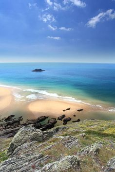 Soar Mill Cove 10 Beaches You Wouldn't Believe Are In Devon, England Devon Beach, Charles Trenet, Devon Holidays, South Devon, Devon Uk, Visit Devon, Devon Coast, South West Coast Path, Devon And Cornwall