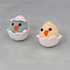 Hæklet Påskehøne + Hæklet påskekyllinger 4 Easter Crochet, Happy Easter, Baby Shoes, Crochet Hats, Kids, Annie, Amigurumi, Tejidos, Threading