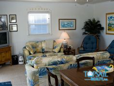 Cozy seaside furnishings