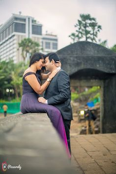Ideas for wedding photography styles photo ideas gowns Pre Wedding Shoot Ideas, Pre Wedding Poses, Wedding Couple Poses Photography, Couple Photoshoot Poses, Pre Wedding Photoshoot, Couple Posing, Wedding Couples, Couple Shoot, Romantic Photography