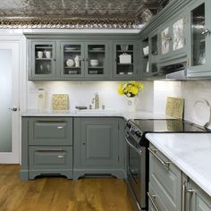 Lovely Kitchen, Simple L Shape Kitchen With Grey Cabient Wal Mounted White Marble Countertop Modern Stainless Steel Bar Cabinet Handles Electric Gas Stove White Undermouned Sink With Faucet: Kitchens With Grey Cabinets