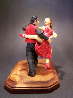 Argentine Tango a 12 scale dollhouse miniature by CWPoppets