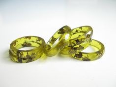 Resin ring Peridot, green resin, cristal ice resin, gold flake, flakes, olivine, epoxy, epoxy jewelry, epoxy ring, resin ring, resin jewelry