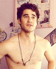 And then when slightly less hairless Darren Criss and his beautiful eyebrows woke up in bed. | The 44 Man-Candiest Moments Of 2013