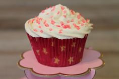 Trudi`s Geburtstags Cupcakes Desserts, Food, Birthday Cupcakes, Pies, Tailgate Desserts, Dessert, Postres, Deserts, Meals
