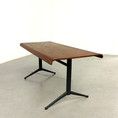Coffee table, FRISO KRAMER, AUPING