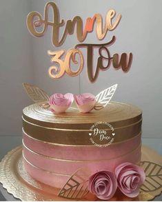 Decoração - Um Dia de Festa 33rd Birthday, Birthday Wishes, Birthday Parties, Pretty Birthday Cakes, Purple Birthday, Wave Cake, Mom Cake, Take The Cake, Drip Cakes
