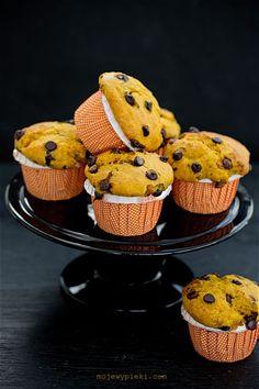 Muffiny dyniowo - pomarańczowe z czekoladą