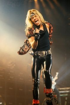 Remember when Vince Neil looked like this?!
