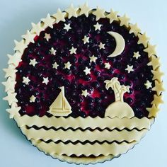 Sea and stars black currant pie