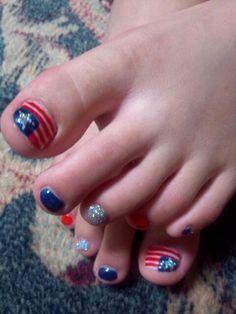 Fourth of July toe nail art