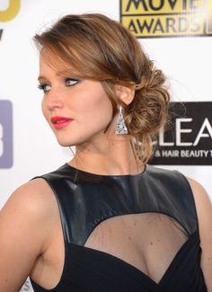 Formal Hairstyles for Medium Hair | Jennifer Lawrence's elegant chignon won over this red carpet crowd.