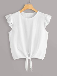 To find out about the Contrast Eyelet Embroidery Cuff Knot Hem Tee at SHEIN, part of our latest T-Shirts ready to shop online today! Casual Outfits, Girl Outfits, Cute Outfits, Blouse Styles, Blouse Designs, Kids Dress Wear, Diy Clothes, Clothes For Women, Cute Blouses