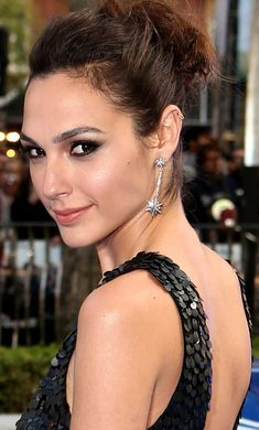 Celebrities - Gal Gadot Photos collection You can visit our site to see other photos. Beautiful Lips, Beautiful Women, Amazing Women, Guys And Girls, Hot Girls, Gal Gadot Style, Gal Gadot Photos, Gal Gardot, Gal Gadot Wonder Woman