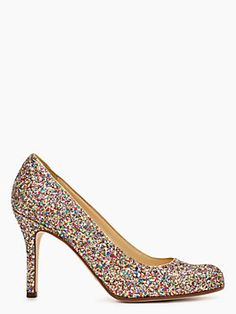 Shinny and colorful! Reminds me of Louboutin's peep toe #pump #katespade #weddingshoes