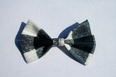 Monochrome Black & White Tartan Handmade Fabric Bow by aneniine, €4.00