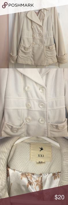 Button up half white coat Size small. Gently worn, with no flaws. Button Up coat with pockets Jackets & Coats