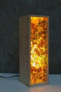 Lámpara reciclada - Lámpara con caja de vino y cristales de botella
