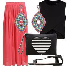 Ecco un outfit perfetto per una sera d'estate sul lungo mare. La gonna lunga corallo in tessuto leggero si abbina perfettamente con il top nero corto. Perfetti i sandali flat comodi ma veramente modaioli, la borsa black & white è davvero particolare e divertente, un tocco di colore grazie agli orecchini.... Cosa aspettate a metterli tutti in valigia?