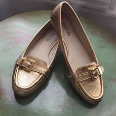 Michael kors gold loafers Michael kors gold flats size 7 NWOT worn once Michael Kors Shoes Flats & Loafers