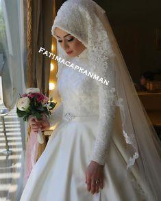 @ebruudlgr Asil ve Sade #gelinbasi #gelinsaci #gelin #gelinlik #tesettür #türban #hijab #hijabstyle #hijabfashion #style #fashion #weddingday #wedding #kuafor #makyaj #makeup #mua #f4f #tagsforlike #like #l4l#istanbul #beylikdüzü #bridal#hijabers#dilamed