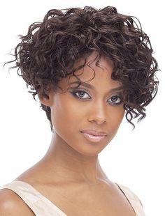 Cheveux Courts Frises Femme Beaute Et Coiffure En 2019 Hair