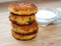 Zöldséges kölesfasírt Salmon Burgers, Vegetarian Recipes, Good Food, Ethnic Recipes, Salads, Healthy Food, Yummy Food, Vegetable Dip Recipes