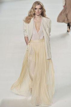modelmofos: Lily Donaldson @ Chloe F/W 2009-10 Paris