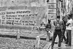 """Imperiapost – L'informazione libera della tua città – """"LA CITTÀ VECCHIA DI FABRIZIO DE ANDRÈ"""". A PADOVA LA MOSTRA FOTOGRAFICA DELL'IMPERIESE ADOLFO RANISE DEDICATA AL CANTAUTORE GENOVESE:""""DA VIA DEL CAMPO A BOCCA DI ROSA…""""/LE IMMAGINI Padova, Freddie Mercury, Good Music, Street Art, Humor, Sweet, Travel, Pink, Pictures"""