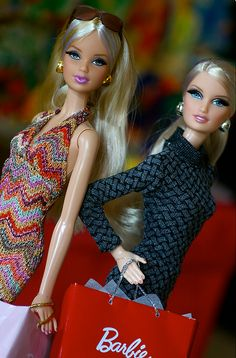 City Shopper Barbies