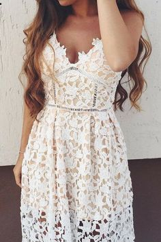 Beautiful lace dress, perfect for EVERY occasion! Fast Shipping to USA and Canada!