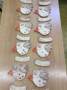 Domácí štěstí Ceramic Birds, Ceramic Animals, Clay Animals, Ceramics Projects, Clay Projects, Clay Crafts, Porcelain Clay, Ceramic Clay, Paper Clay