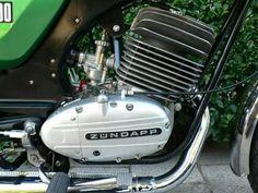 Vintage Motorcycles, Custom Motorcycles, Custom Bikes, Cars And Motorcycles, Motorcycle Engine, Motorcycle Design, Engineering Works, Cafe Racers, Motorbikes