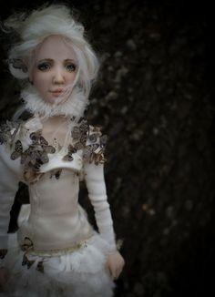 ''Papillon'' by Romantic Wonders Dolls Ooak Dolls, Art Dolls, Handicraft, Romantic, Handmade, Dresses, Decor, Fashion, Butterflies