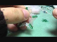 Tutorial perline tecnica Peyote - Come fare triangolo al Peyote - Come fare quadrato bucato - YouTube