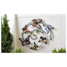 Sculpted Iron Circle Butterfly Design Wall Décor