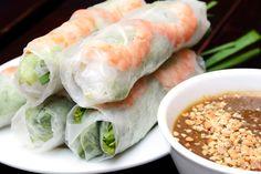 [I Ate] Shrimp Rolls w Peanut Sauce Food Recipes Shrimp Spring Rolls, Chicken Spring Rolls, Summer Rolls, Shrimp Rolls, Vietnamese Cuisine, Vietnamese Recipes, Asian Recipes, Ethnic Recipes, Spring Roll Peanut Sauce