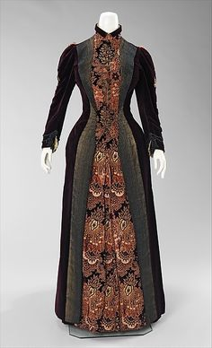 Dress Mme. Uoll Gross Date: 1888 Culture: American Medium: silk, metal