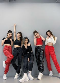 left to right Kpop Girl Groups, Korean Girl Groups, Kpop Girls, Bae Suzy, Comeback Stage, My Girl, Cool Girl, Lee Sung Kyung, Mode Kpop