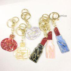 Lattice(ラティス)はその日の気分でアクセサリーやBAGを楽しんでいただけるように、  アクセサリーは315円、服飾雑貨は1,050円から。おんなのこのすきがいっぱい詰まったcafeをイメージしたお店です。 Key Rings, Charmed, Personalized Items, Accessories, Key Fobs, Jewelry Accessories