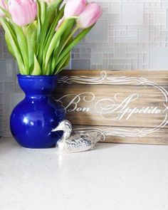 How to Make Shaker Style Kitchen Cabinet Doors on a Budget Shaker Style Kitchen Cabinets, Kitchen Cupboard Designs, Shaker Style Kitchens, Custom Kitchen Cabinets, Kitchen Cabinet Doors, Yellow Kitchen Decor, Diy Kitchen Decor, Kitchen Backsplash Peel And Stick, White Glass Tile