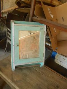 armario de banheiro antigo anos 50 x60 madeira e fórmica