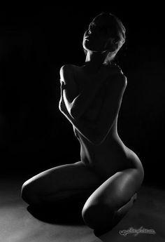 Keesha sharp nude boobs