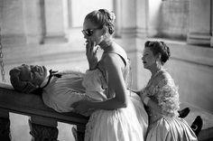 "John Malkovich, Uma Thurman, Swoosie Kurtz, ""Dangerous Liasons"", Château de Maisons-Laffitte, France 1988"