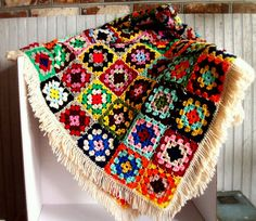 Vintage Granny Square Quilt by VintageHomeShop on Etsy