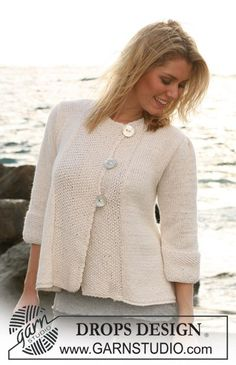"DROPS A-shaped jacket with ¾ sleeves in ""Silke Alpaca"". Size S – XXXL. ~ DROPS Design"